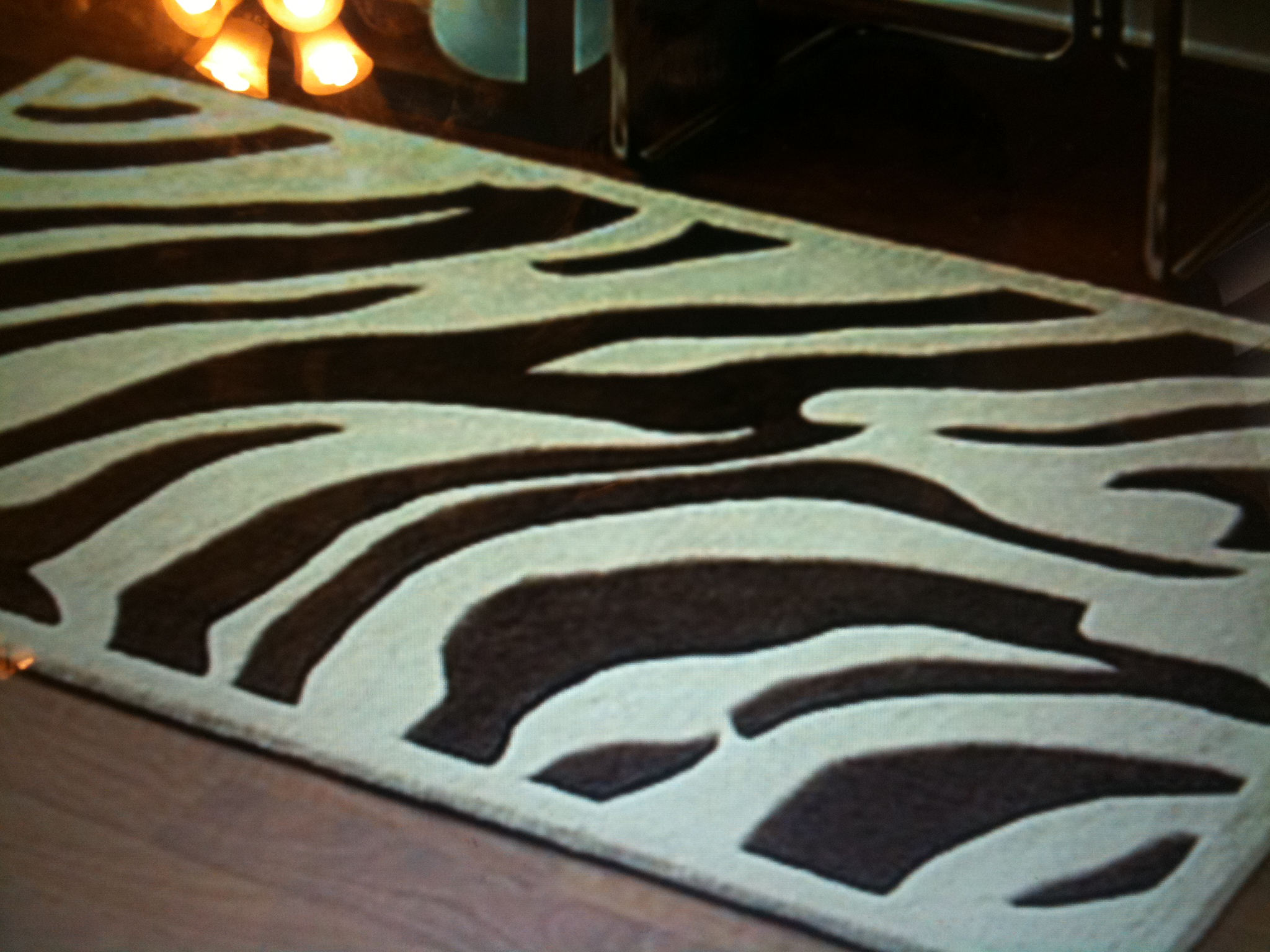 HOT Summer Zebra Rugs that won't break the bank!