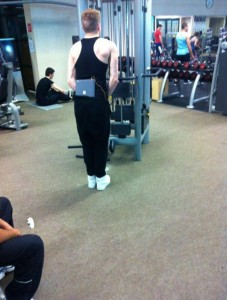 floozies-in-the-gym, ipad-gym, geeks-gym, working-out, equinox, pink-iron, 24-hour-fitness