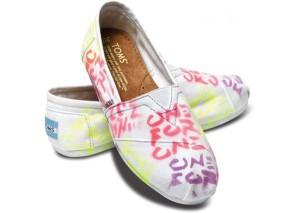graffiti-toms-shoes