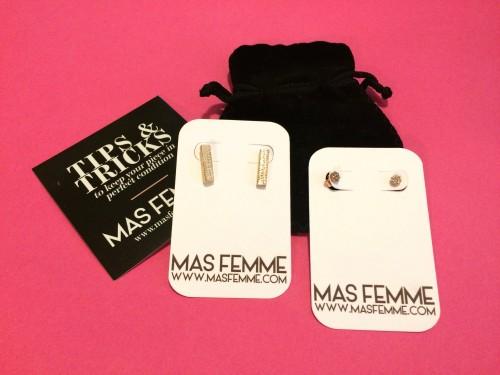 mas-femme, gold-earring